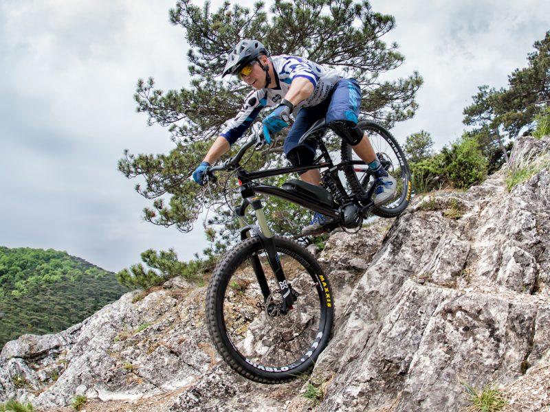 DMIT研究所|全球自行車花鼓市佔率20%的久裕興業,如何轉型品牌,再創營收高峰?