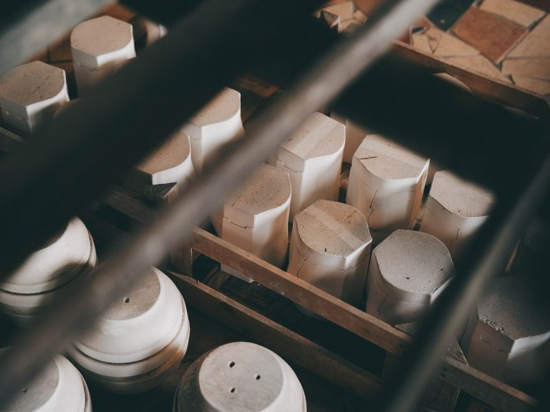 T22 Magazine 產地誌|04. 80年家業鶯歌陶瓷品牌,為什麼願意重新來過?專訪新旺集瓷負責人許世鋼、吳佳樺